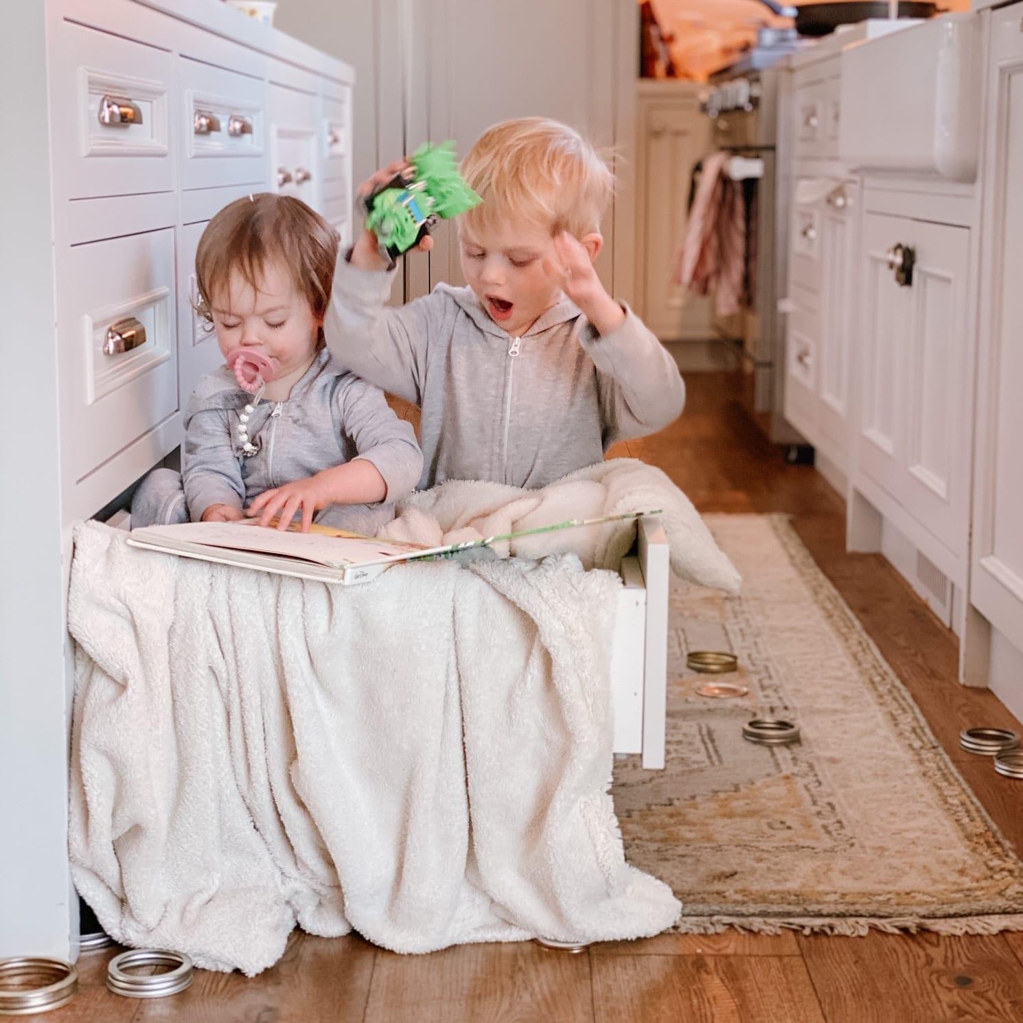Jillian Harris' Kids Playing