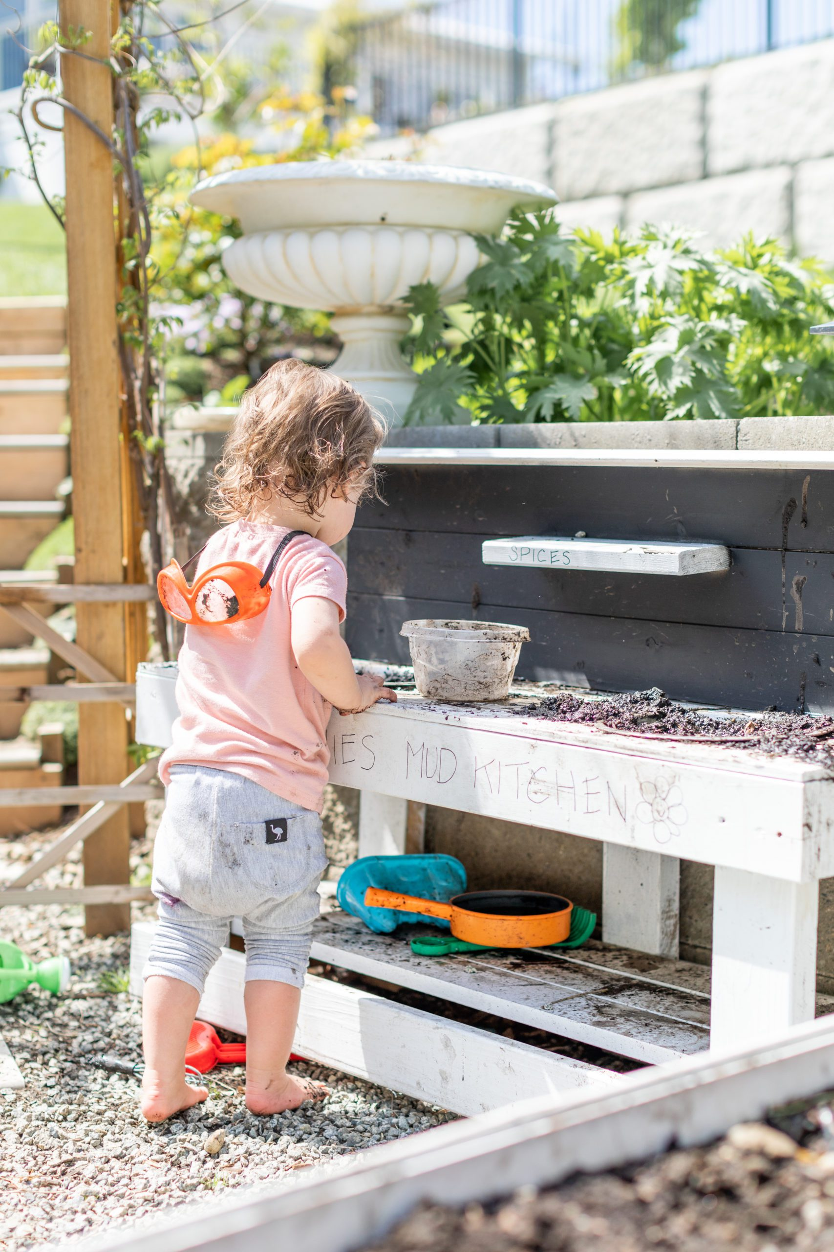 Little Kids Mud Kitchen