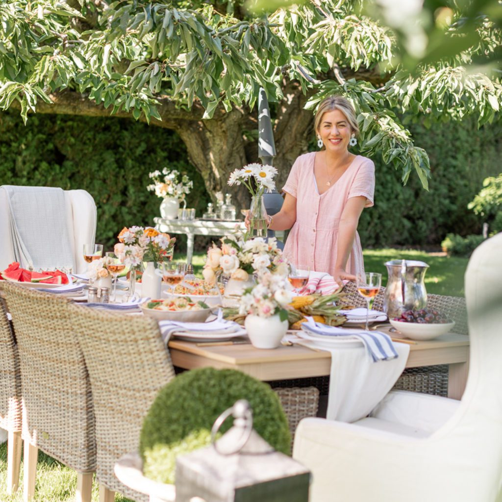 Outdoor Dining Room Set-Up