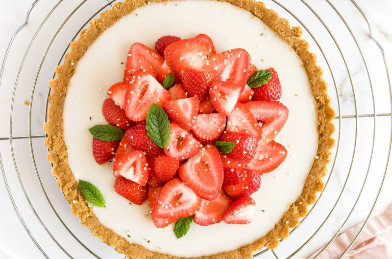 Vegan Strawberries & Cream Pie