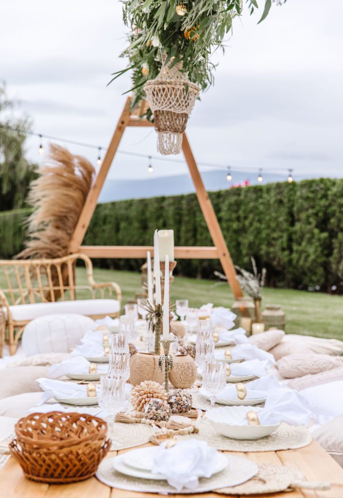 Outdoor Picnic Set-Up