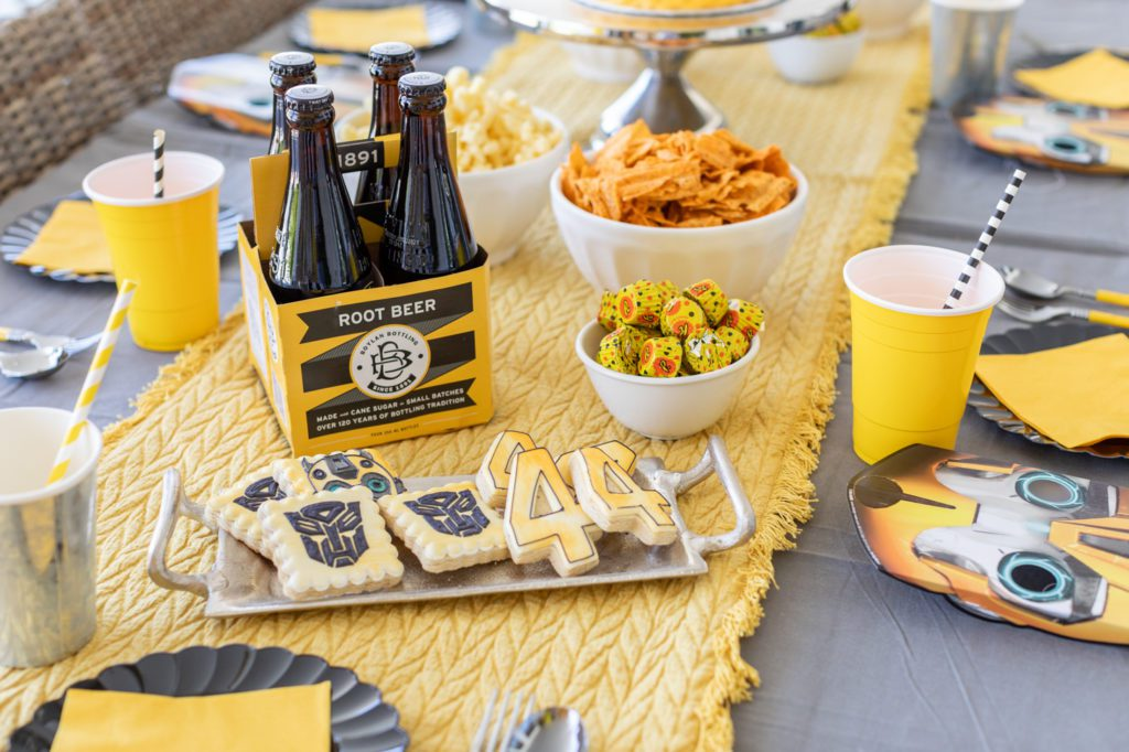 A Transformers Party Tablescape