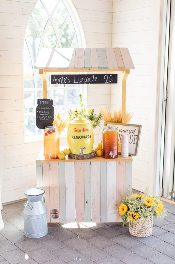 Lemonade stand birthday party decor