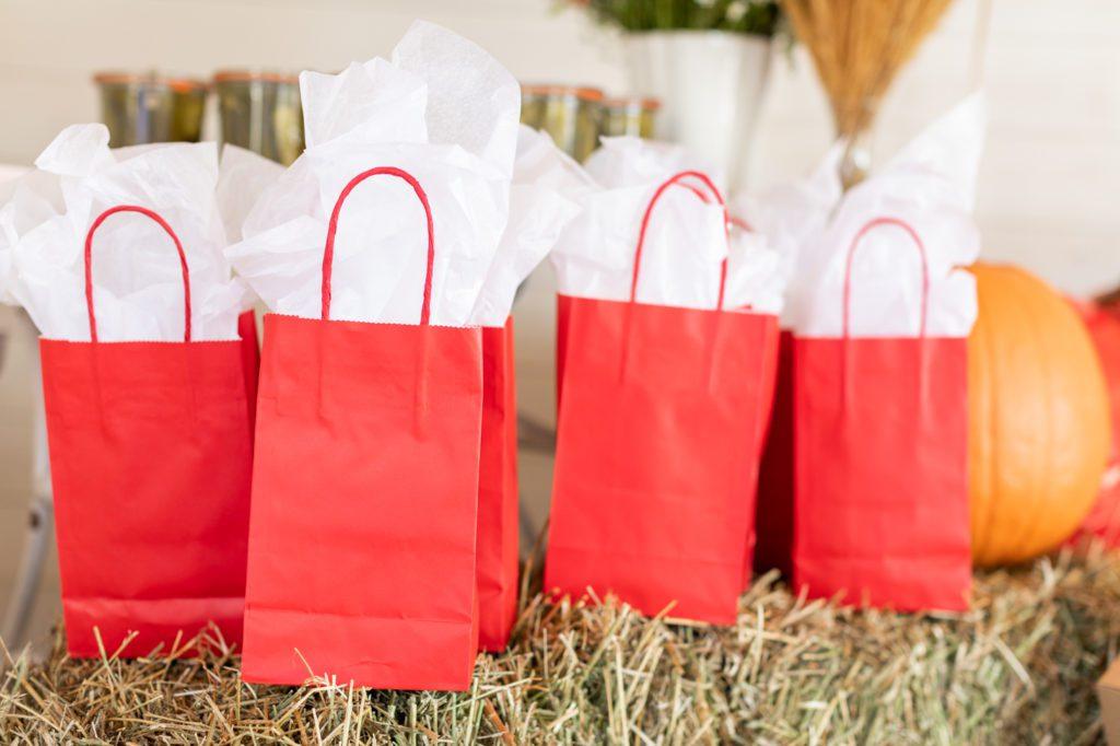 How to create fun an environmentally friendly loot bags