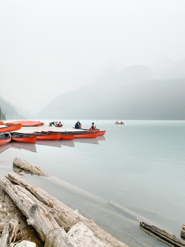 Can you rent a canoe on Lake Louise Alberta