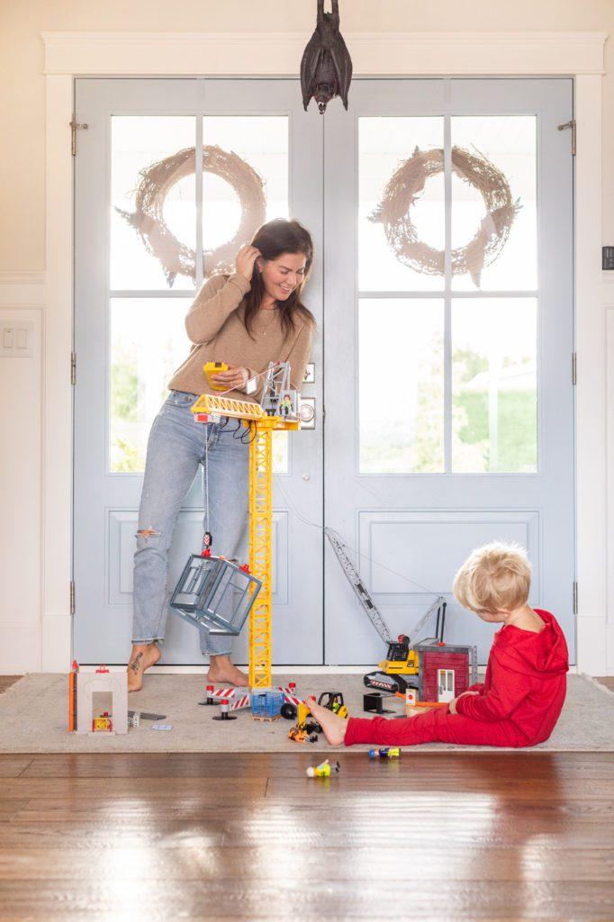 Play Mobil Crane: Gift Picks for Kids 2020