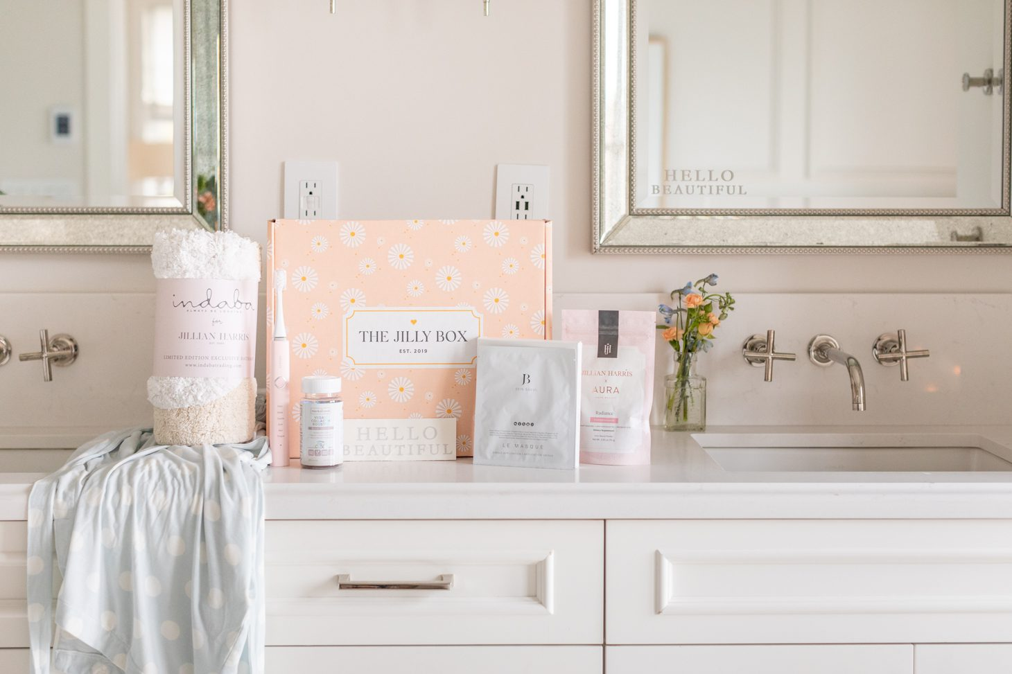 Jillian Harris Spring 2021 Jilly Box contents