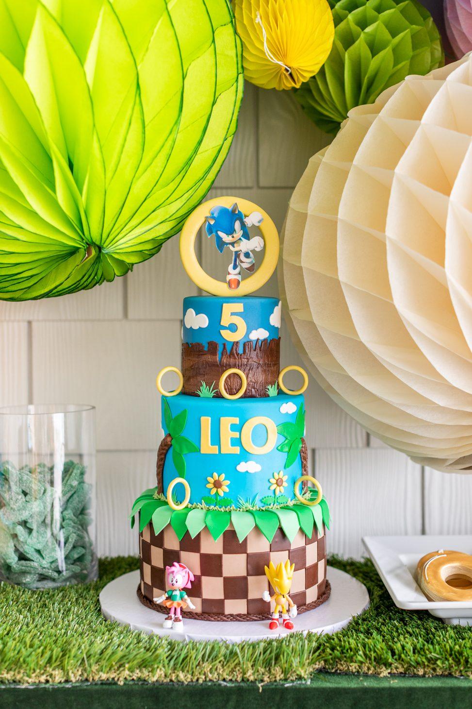 Sonic the Hedgehog themed birthday cake