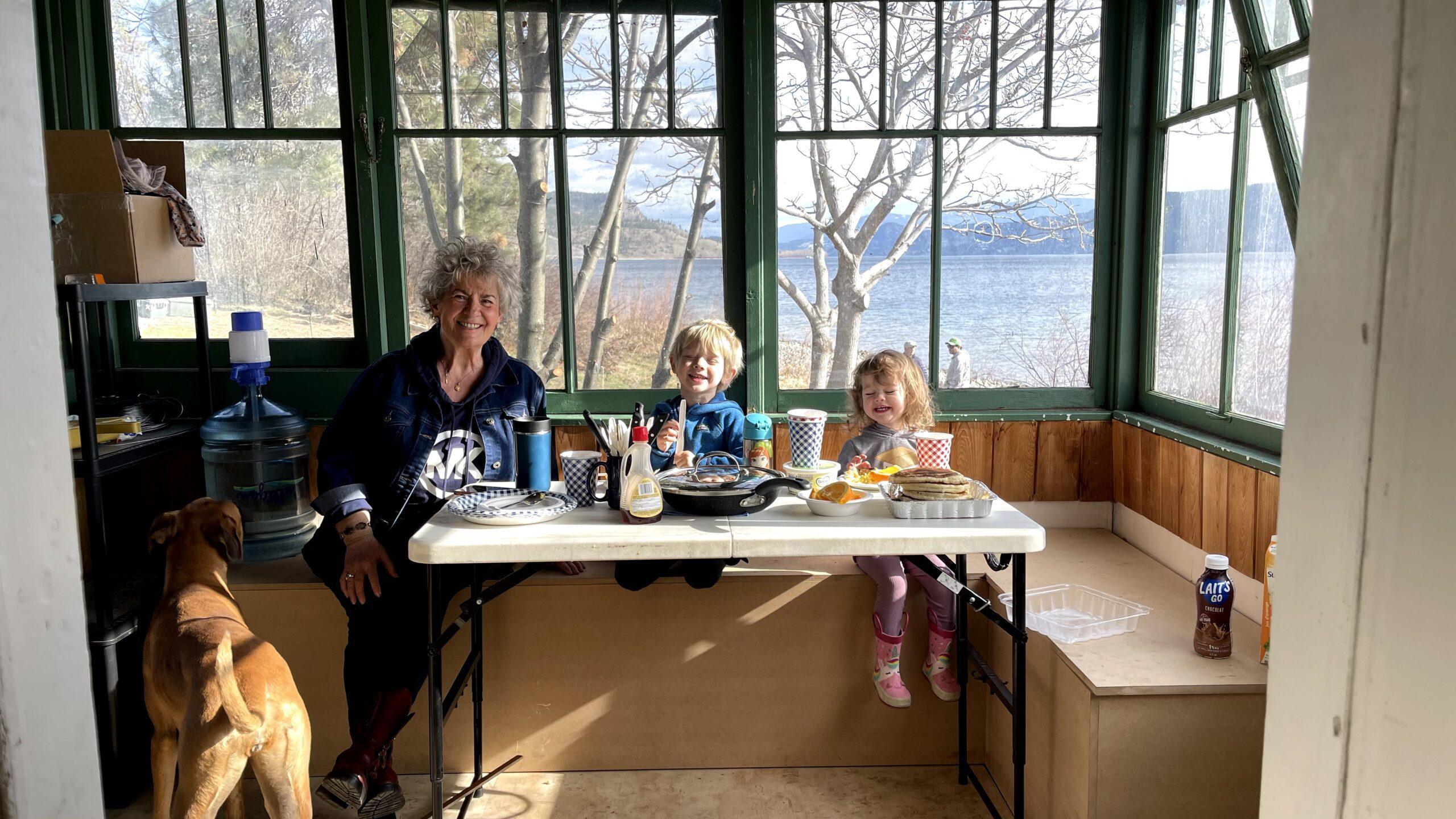 Jillian Harris' Mom and Kids enjoying the farmhouse mid renovation